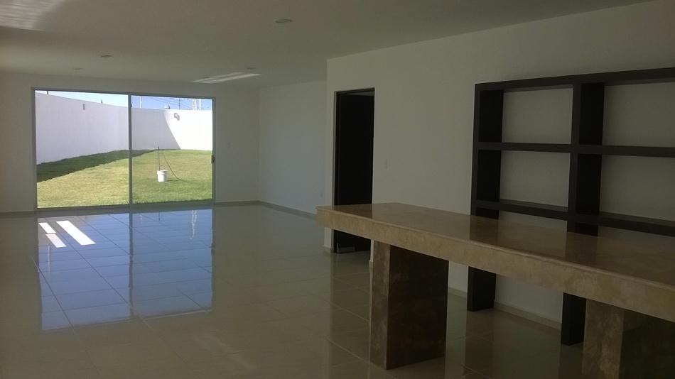 Inmuebles en quer taro terrenos departamentos y casas for Casas modernas juriquilla queretaro