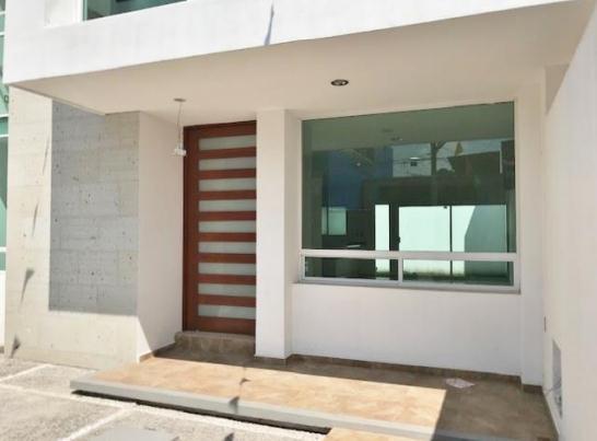 Casa en Venta Jardines de la Hacienda, Queretaro -     3250000.00