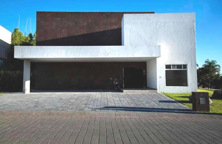 Casa en Venta Jurica, Queretaro -      700000.00