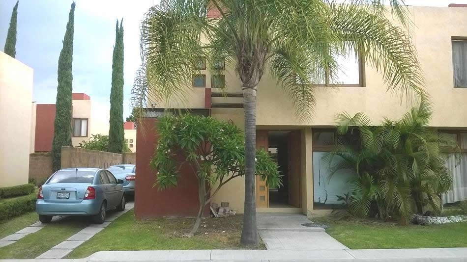 Casa en renta puerta real queretaro 9 for Casas en renta en queretaro