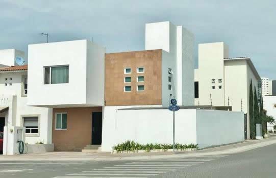 Casa en Venta El Refugio, Queretaro -  $    2,400,000.00